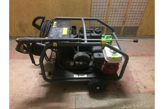 Бензиновая мойка с подогревом воды Karcher HDS 801