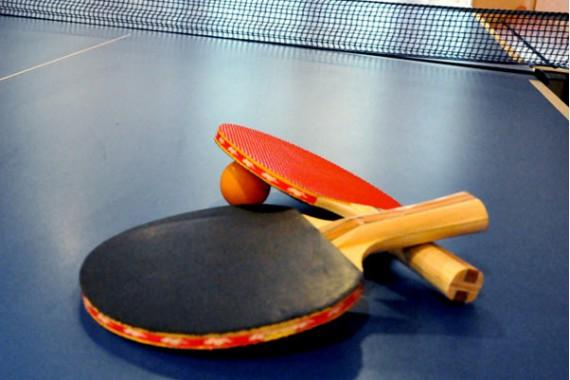 Комплект для игры в настольный теннис