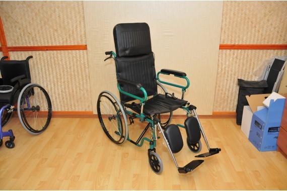Кресло-коляска FS902GC