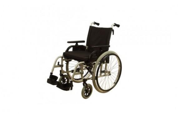 Кресло-коляска инвалидная складная, ширина 44 см