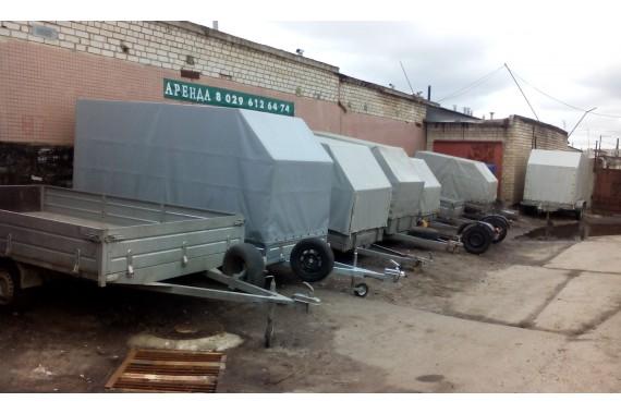 Прицепы разных размеров, бортовые и тентованные (от 2,45 до 4.6 м), одноосные и двухосные, г/п до 1600 кг