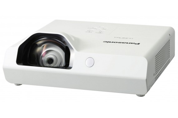 Проектор Panasonic (короткофокусный)