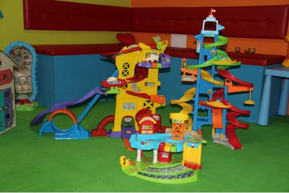 Развивающие игрушки Fisher Price